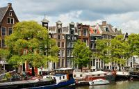 Ades Web Magazine: Amsterdam Volume 14 by Manuel Balossi